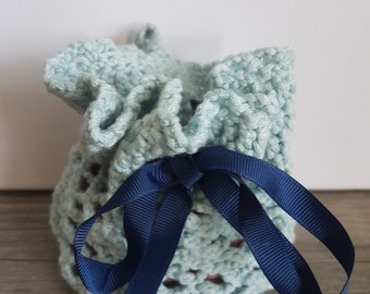 """Small crocheted bag """"Pouch"""" handmade 100% cotton"""