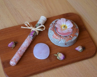 Spring gift-Treat yourself to a timeout set-give yourself a break-love time-spring feelings-bath salts with Rose rose quartz