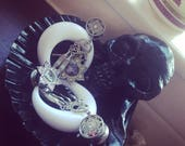 Skull soap dish, skull plug dish, trinket dish, shell dish, skull decor, goth decor, alternative decor