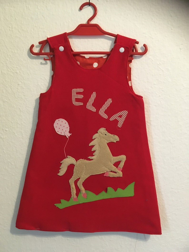 Sweat Gr.9298 Birthday dressname dressturning dress with appliqu\u00e9 horse