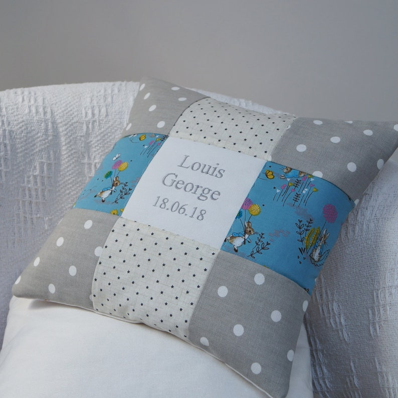 Peter Rabbit© Name & Date Cushion Patchwork cushionPeter image 0