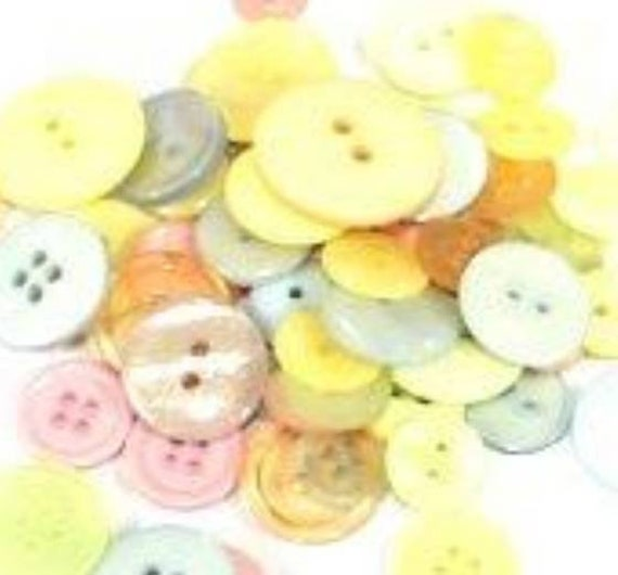 1kg Assorted PASTEL Buttons Bag Crafts 50g card making Mixed Colour Xmas.