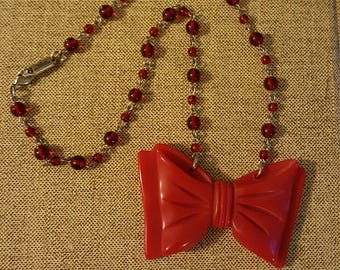 Red Classic Hardware Perky Bow Necklace