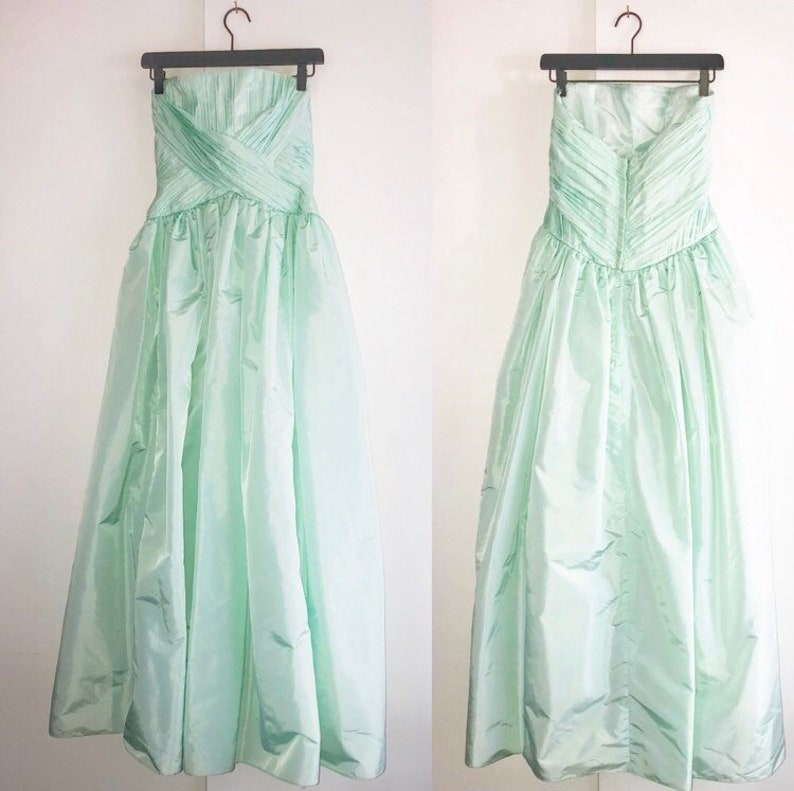 508a9feb84a980 Vtg Victor Costa Mint Green Dress Size 8 Ruched Sleeveless | Etsy