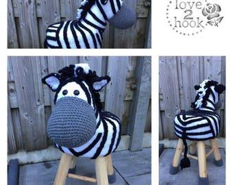 Animal stool Zebra Crochet