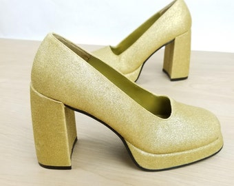 f8738312cde Vintage 90s Does 70s Bongo Platform Heels Gold Glitter Disco 70s Style Size  7 Chunky