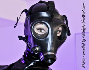 """Original and Israeli gas mask with drinking connection in adult size """"1"""""""