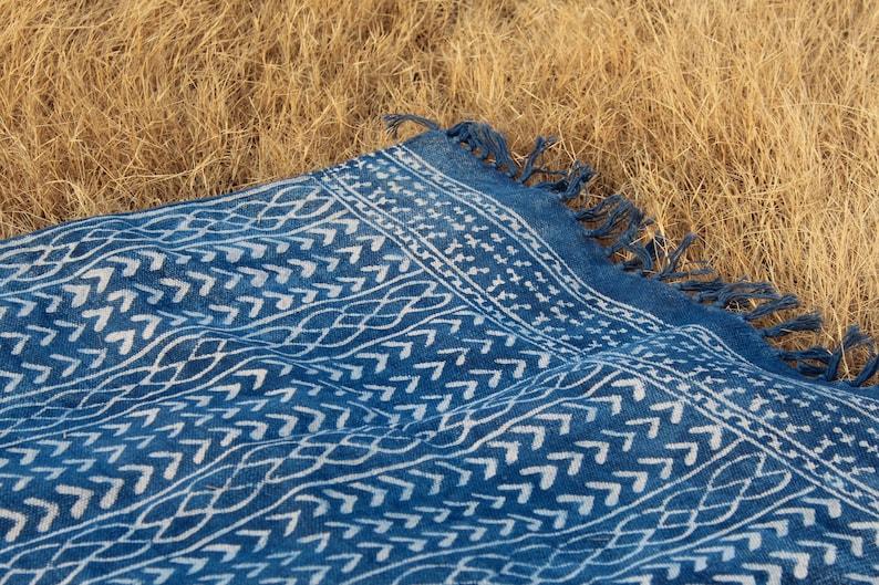 3 x 5 4 x 6 Handmade Hand-dyed Indigo Rug White/Indigo image 0