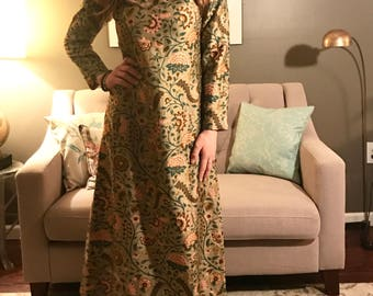 FREE SHIPPING: Handmade Floral Gown | Groovy Vintage 70s Sheath Dress