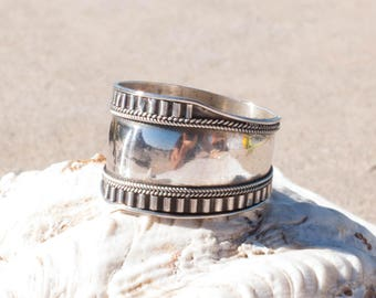 Large band Ring ~ Sterling Silver 925 ~ Handmade~ Everyday ~Casual ~Basic ~Jewelry ~Boho ~ Hippie ~Bohemian ~ Stacking ~Gift for her MR098
