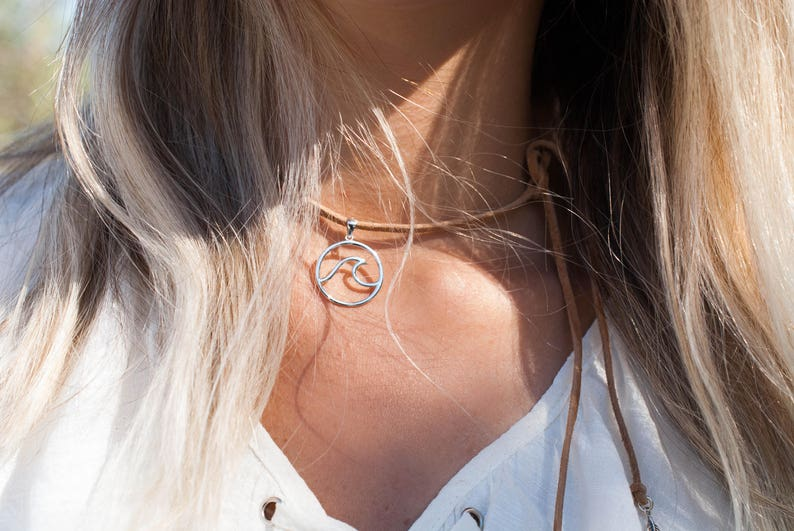 Wave Leather Choker ~ Sterling Silver 925 ~Necklace ~ Jewelry ~ Gift For Her ~ Ocean ~ Beach ~ Surf ~ Handmade ~ Mermaid ~ Everyday ~ Casual
