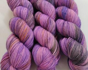 Ye Olde Towne Slut - Superwash Merino Wool - Hand Dyed Yarn - Golden Girls inspired colors