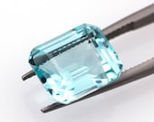 Blue natural aquamarine of 7.54 ct. - Measurements: 12.83 x 10.88 x 7.65 mm - Rectangular emerald cut - Origin Brazil - Gemological Report.