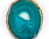 Agate slice of 239 grams, size: 180 x 148 x 3.5 mm.