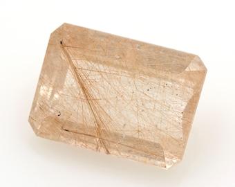 Rutile quartz, rectangular emerald cut , weight: 32.40 ct.