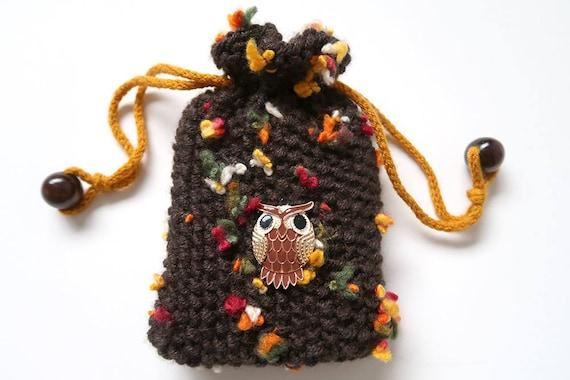 Oracle pouch Black linen bag for tarot deck Tarot purse Black tarot bag with spiral charm