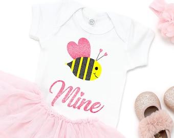 Be Mine svg,Valentine svg,Love svg,Valentines Bee svg,Valentine Tshirt,Hug svg,Hearts svg,Valentine,Cricut Designs,Silhouette Design
