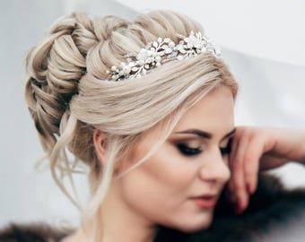 Pearl Bridal Tiara, Crystal Wedding Crown, Silver Wedding Tiara, Bridal Crown, Bridal Hair Accessories, Bridal Headpiece, Bridal Headband