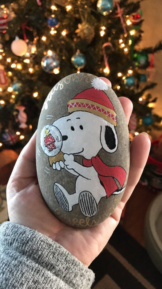 Christmas Rock Painting Designs.Snoopy With Snowglobe Woodstock Peanuts Charlie Brown Christmas Rock Painting Painted Rock Paperweight
