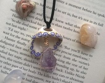 Painted Shell & Wrapped Amethyst Necklace
