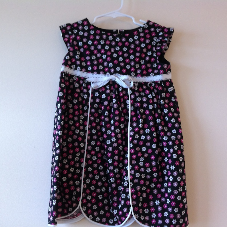 020361895f8 Girl s Pink and White Flowered Dress 4T Toddler s