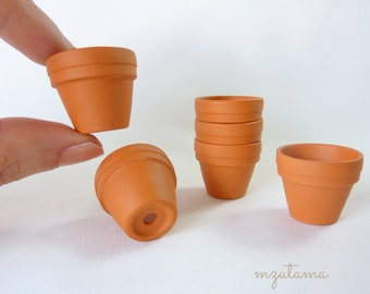 Mini Terracotta flower Pot   24 x 20 mm   1 - 3 pieces  