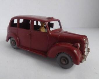 1960 Austin Metropolitan Taxi (No. 17) Matchbox (Free Shipping)