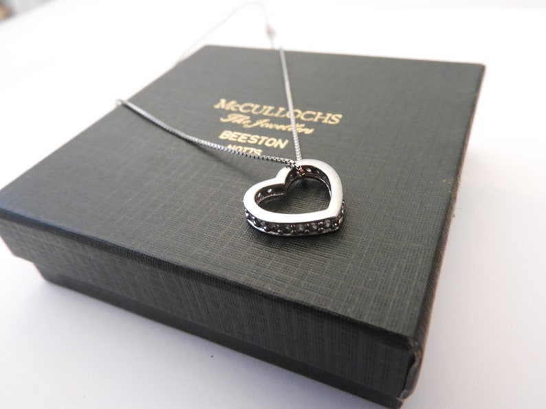 Stunning sparkly heart pendant necklace 925 CZ Pendant 0.7 x 0.6 sterling silver