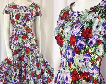 f10c771762 Floral Fifties Cotton Twill Flared Dress in Vibrant Summer Coloured Floral  Roses & Daisies .. UK Size 12 .. Original Vintage 1950's 50's