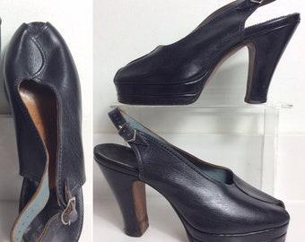 66c79d28c8ae Fabulous Vintage Classic 1940 s Leather Peep Toe..Sling Back.. Double  Platform ..Dark Slate Grey Shoes UK Size 6.5 Euro 39 True Forties 40 s
