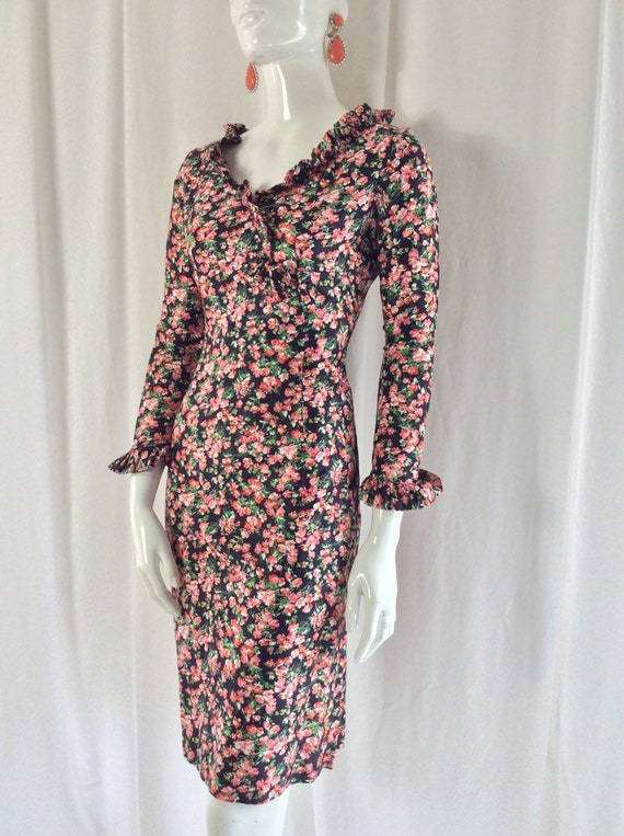 1960's Fitted Cotton Ditsy Floral Print Dress wit… - image 10