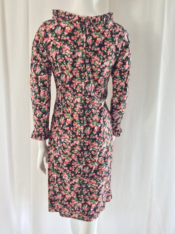 1960's Fitted Cotton Ditsy Floral Print Dress wit… - image 5