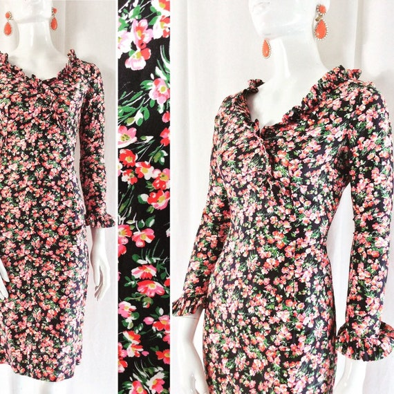 1960's Fitted Cotton Ditsy Floral Print Dress wit… - image 1