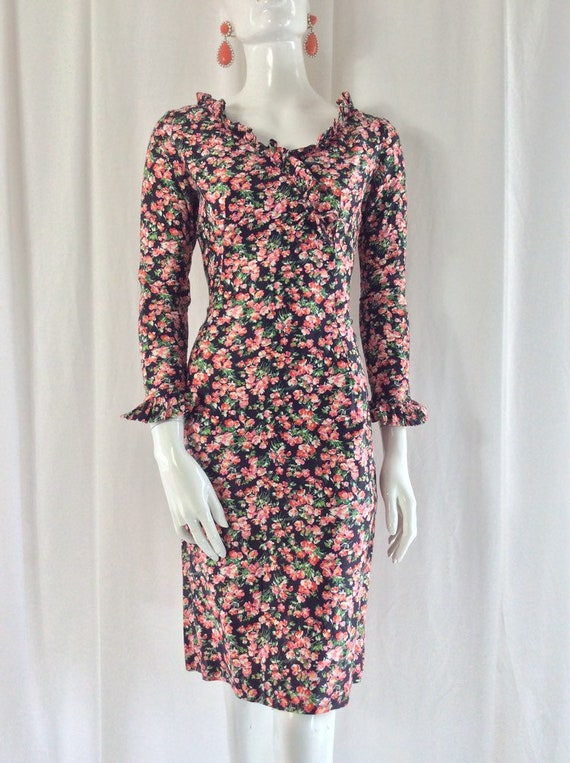 1960's Fitted Cotton Ditsy Floral Print Dress wit… - image 4