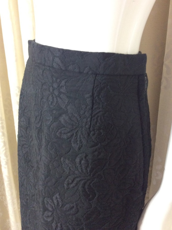 A Focus Model...tailored in London  UK Size 10 Sixties 60/'s Fabulous Vintage 1960/'s Black Cotton  Rayon Floral Brocade Evening Skirt Label