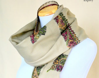 Scarf for women / Grey Wool scarf / Floral scarf / Embroidery scarf / Chunky scarf / Pashmina / Gift for her for girlfriend for women
