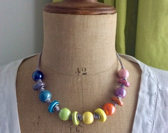 Leather with beads and multicoloured ceramic discs link necklace