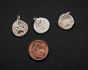 "Charms in silver, silver Clay ""Footprints"", little silver pendants, animal footprints in silver, small gift, I love animals."