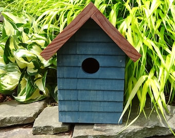 Traditional Clapboard Birdhouse