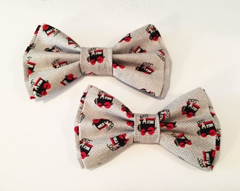 cbdfec9bd95c NEW, Bow Tie, Dad and Son Bow Ties, Train Bow Tie,Father Son Bow Ties, Mens  Bow Tie, Bowtie, Ring Bearer Bow Tie, Trains Boys Bow Tie DS783