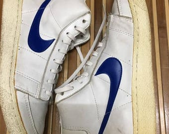 3564bea8f5a6 Vintage 80s Nike Blazer Hi Top Basketball shoes Size 8