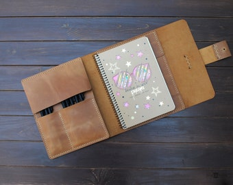 """Leather sketchbook cover - A5, 8.5x5.5"""", 9x6""""  personalized artists gifts. Refillable leather sketchbook."""