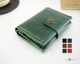 f24a701fe881 Green small leather wallet woman