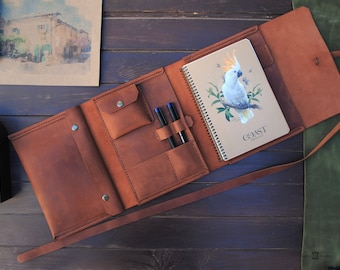 """Leather sketchbook cover - A5, 8.5x5.5"""",  personalized artists gifts. Refillable leather sketchbook."""