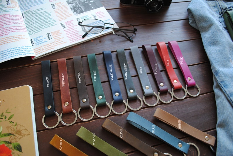 Personalized leather keychain  key fob image 0