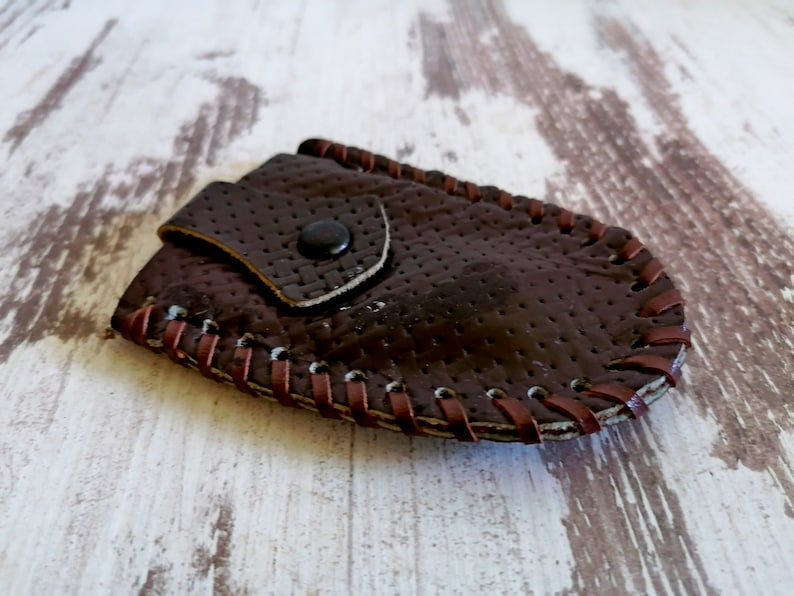 Retro Key Pouch Men/'/'s Gift Genuine Leather Key Holder Vintage Handmade Key Fob Gift For Him Real Leather Keychain