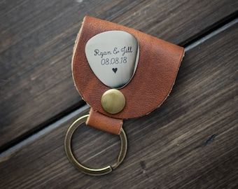 Personalized Guitar Pick, Engraved Guitar Pick with leather case - Gift for Husband, Dad, Boyfriend, Groomsmen Gift