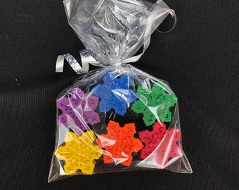 10 sets of 5 Winter Frozen Snowflake Crayons Party Favors Teacher Supply