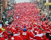 Santa Dash Glasgow Christmas Photography Print