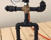 Articoli Simili A Pipe Robot Lamp Lampada Con Tubi